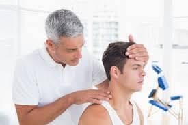 south Charlotte chiropractic clinic treating patients in car accident, sports injuries for headaches, neck pain and lower back pain.