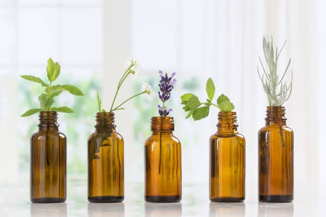 Essential Oils That Can Help Relieve Back Pain